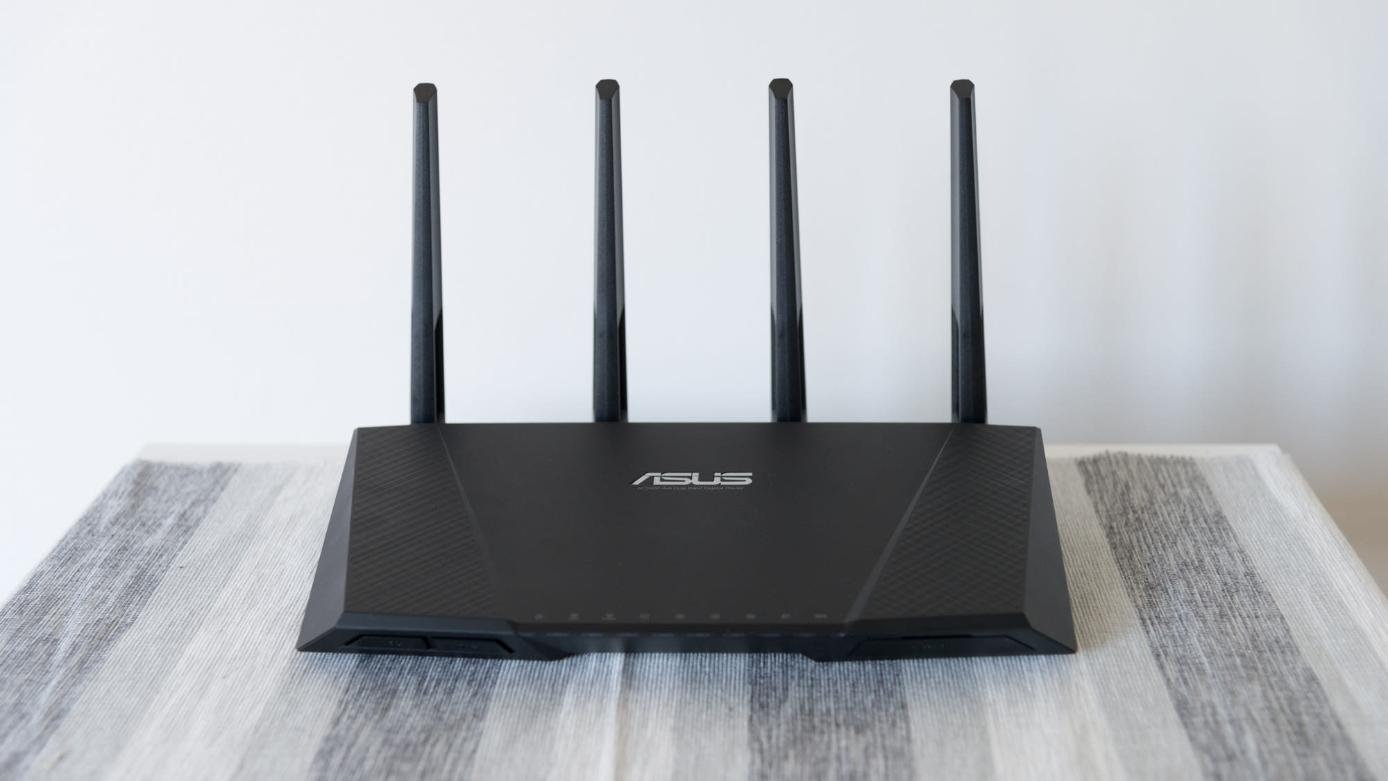 ASUS wireless network router
